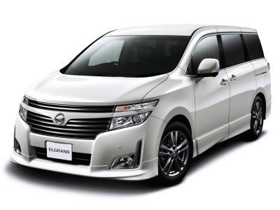 Nissan Elgrand Е52 с аукционов Японии